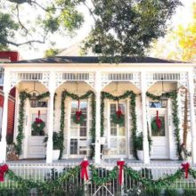 Our Favorite Simple Outdoor Christmas Decorating Ideas